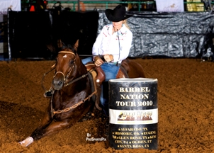 Cheryl Cody and Bet This Is A Shiner found success on the futurity circuit by sticking to the training routine that worked for them. Photo by Prosports Pix