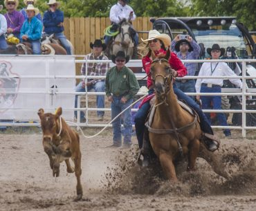 Jordan Jo Fabrizio ropes in the 123rd Cheyenne Frontier Days breakaway riding Melissa and Billy Morrow's 11-year-old gelding CD Bing (CD Olena x Bingo Legacy x Bingo Hickory), winning the inaugural CFD breakaway roping with a 4.18. Photo by Kailey Sullins