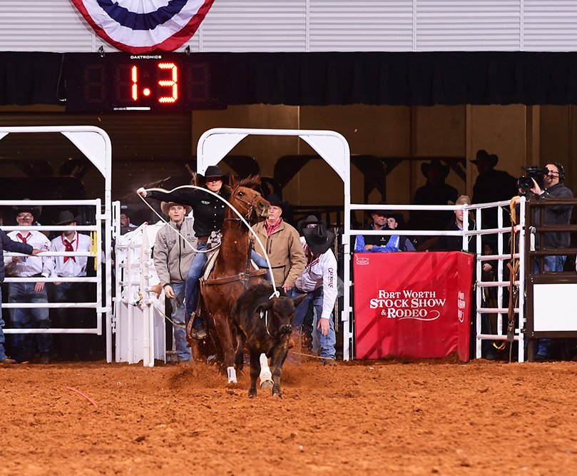 Jordan Jo Fabrizio winning a breakaway roping round at the Fort Worth Stock Show Rodeo