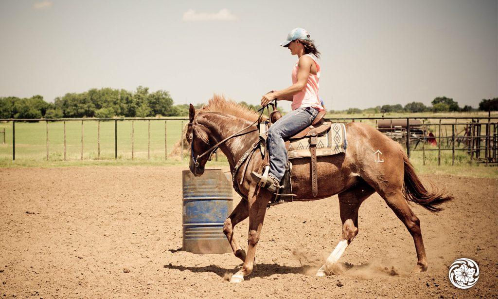Jolene Montgomery's saddle riding style